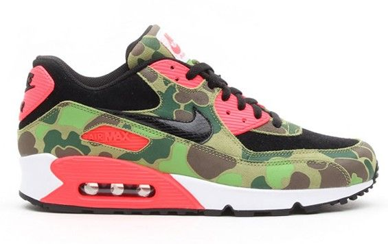 Here is a look via atmos sports lab of the atmos x Nike Air Max 90 Duck Camo/Infrared  Sneaker that hit retailers overseas, these are re.