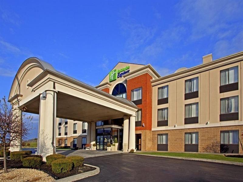 Rensselaer Ny Holiday Inn Express East Greenbush Albany Skyline United States North America The 3 Star Holiday Inn Express Ea Holiday Inn Hotel Top Hotels
