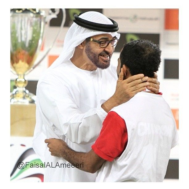 مشاركه وتصوير الغالي @faisalalamiri - @sheikhmohammedalnahyan- #webstagram.  Sheikh MohammedUnited Arab EmiratesPresidentsCrownPrinceCoronaCrowns