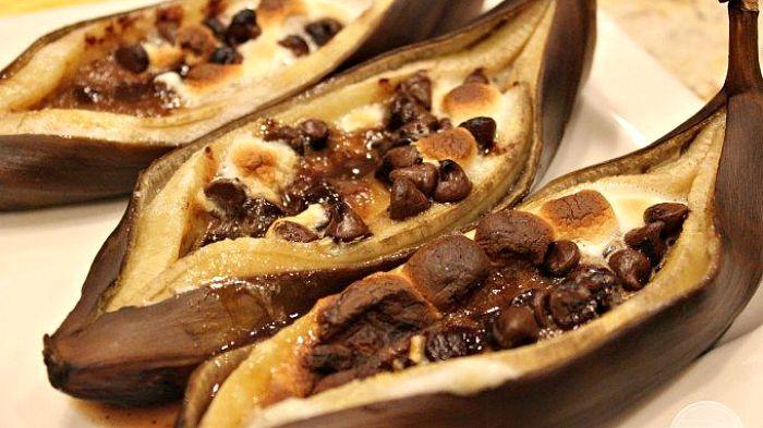 Grilled Chocolate And Marshmallow Bananas Recipe Banana Recipes Food Fodmap Recipes