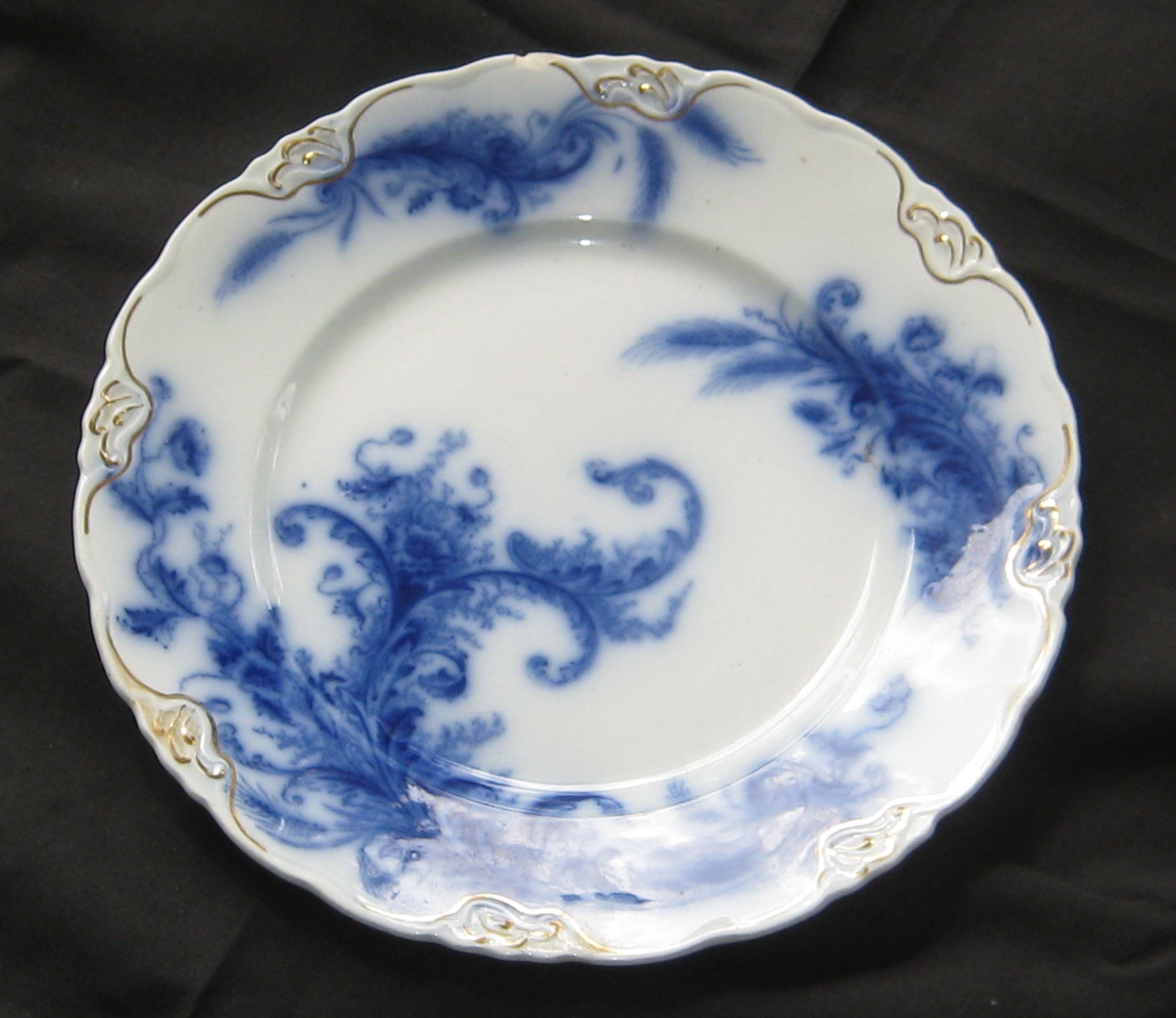 Flow Blue - How to ID and Value the Collectible Blue and White Antique China