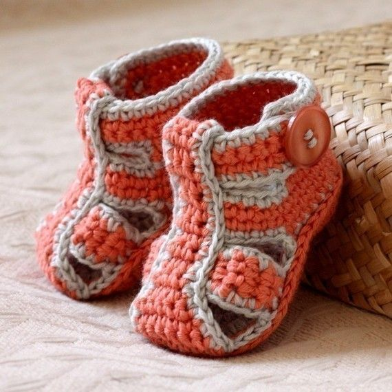 Instant download Crochet PATTERN for baby di monpetitviolon