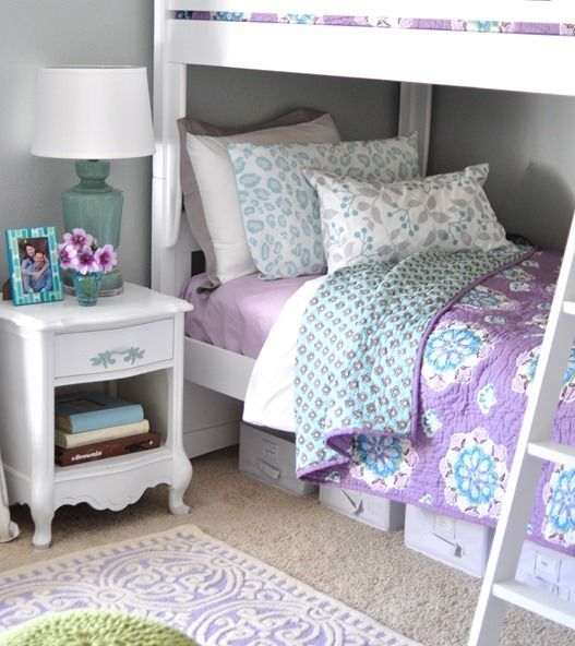 Adorable-Purple-Bedroom-Design-With-Wooden-Floor-And-White ...