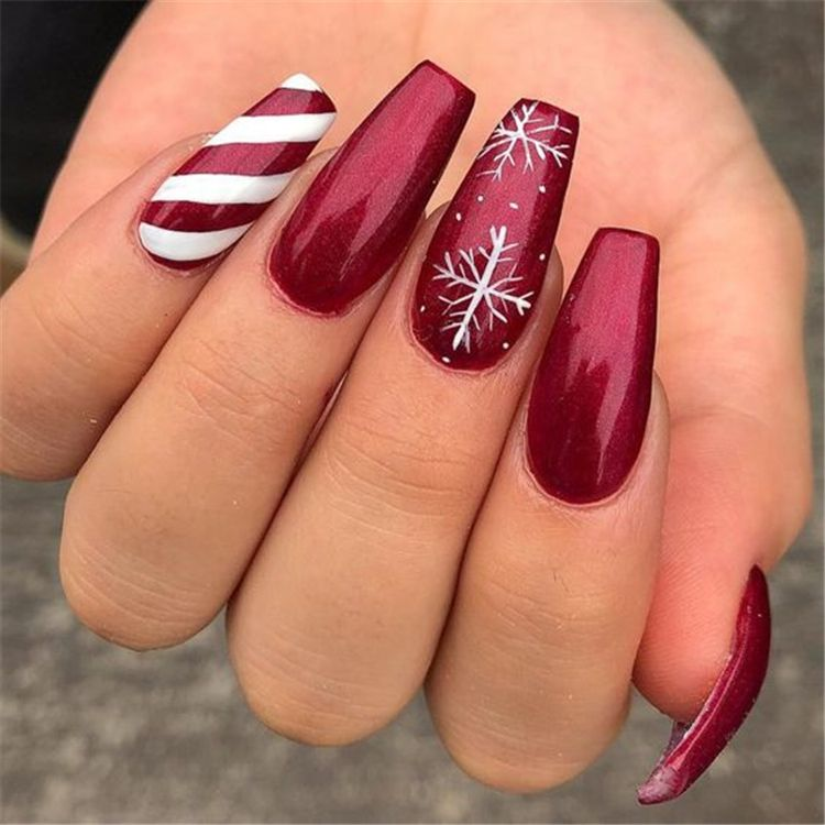 50 Stylish Winter Acrylic Coffin Nail Designs To Copy Right Now – Page 22 of 50