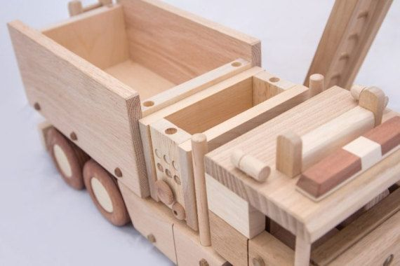 Wooden fire truck от DesLineToys на Etsy
