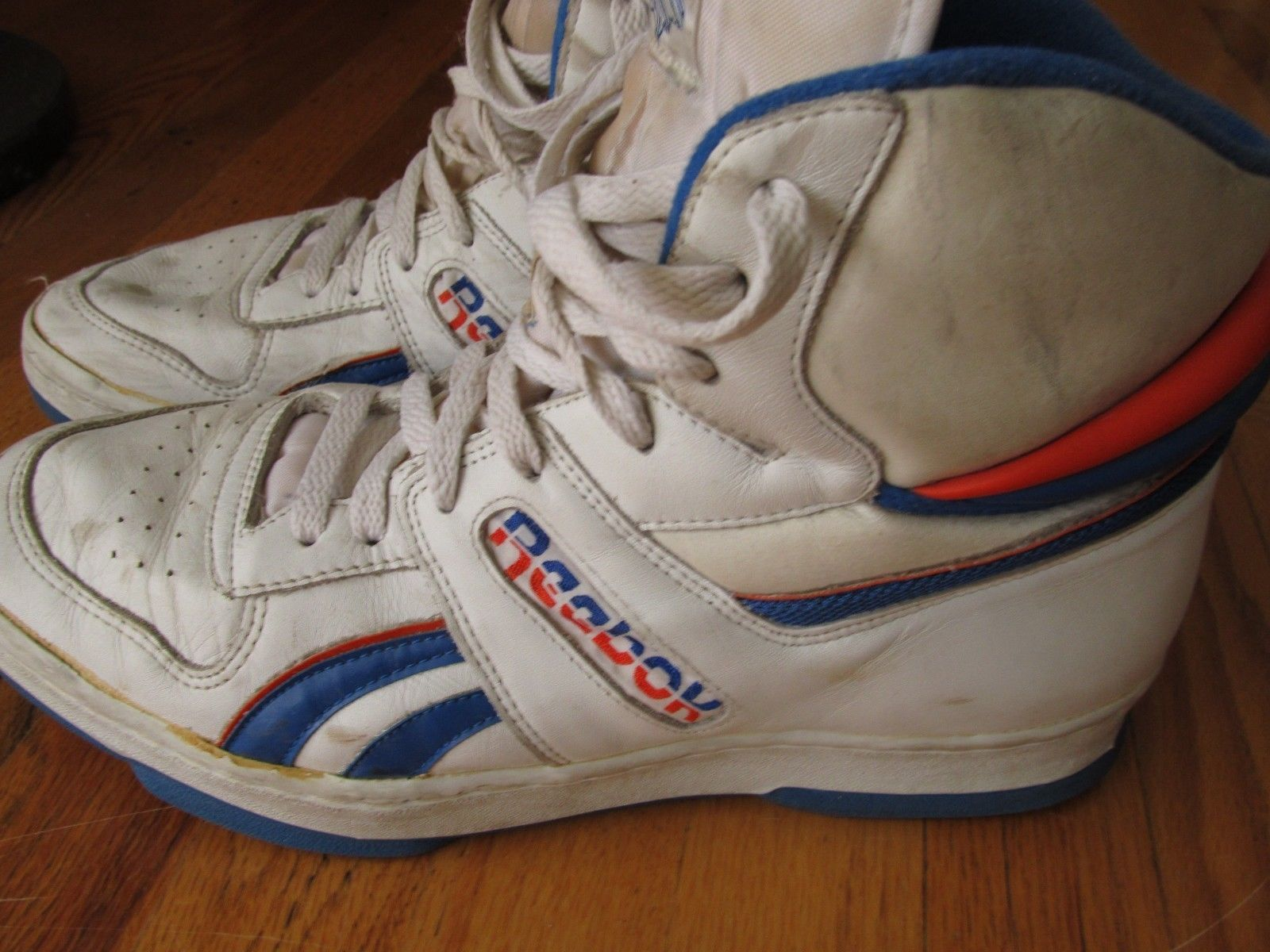 6fafd19833f Men s Vintage Reebok High Top Basketball Athletic Shoes Hand Made Size 12