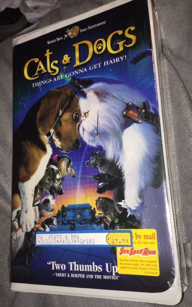 Cats & Dogs (VHS 2001 Clamshell) New Sealed Free
