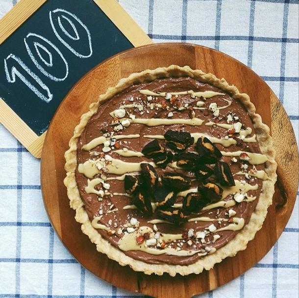 Vegan Chocolate Peanut Butter Cup Pie