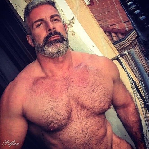 Mature gay pic post