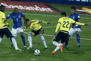 Blog Esportivo do Suíço:  Brasil faz pior jogo do ano, perde para Colômbia e fica sem Neymar em 'decisão'