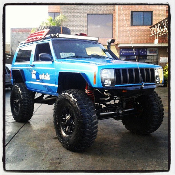 The Immortals Blue Mopar Lifted Jeep Cherokee Xj With Snorkel