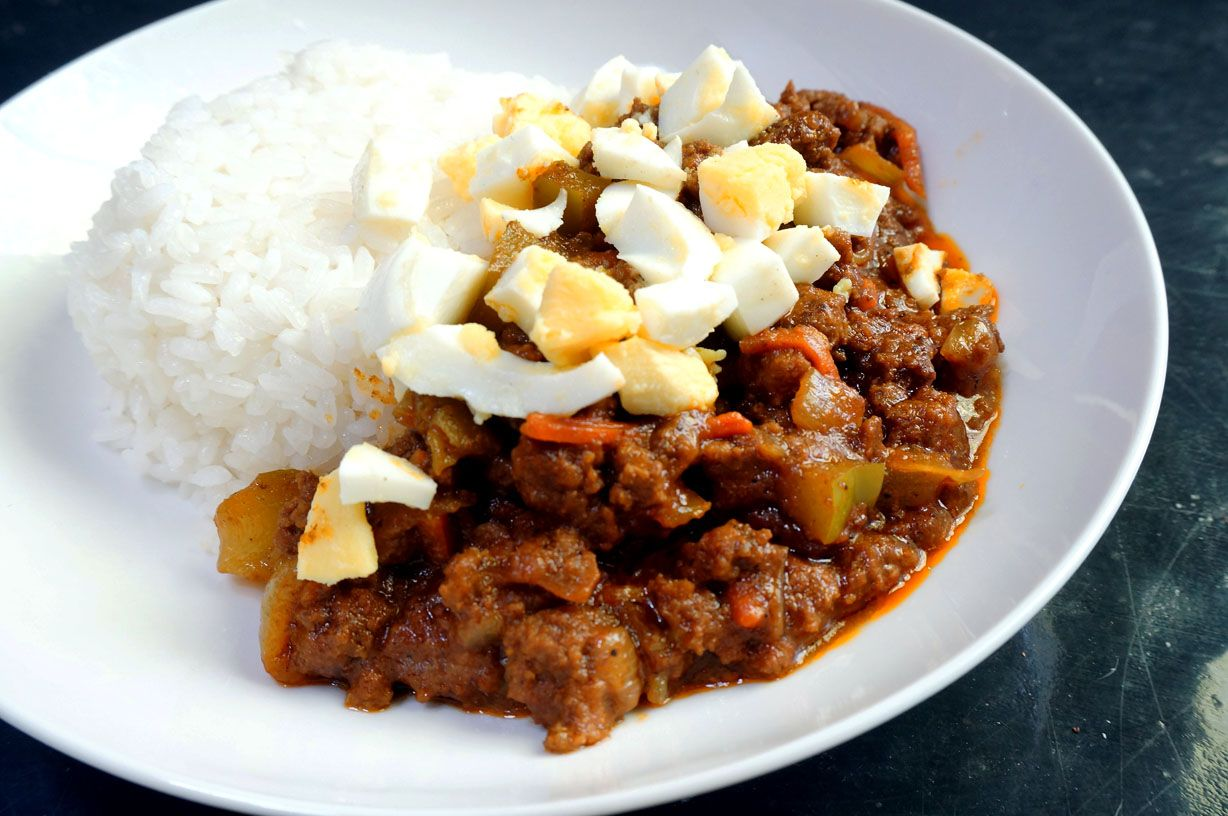 Japanese Dry Curry Is A Quick Variation On A Classic Dish With Less Gravy This Hearty Dish Is Full Of Flavor And Just The Right Amou Ground Meat Recipes Beef Recipes