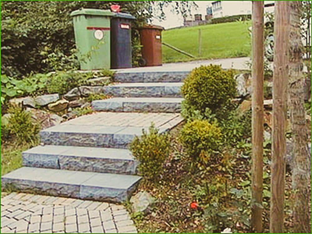 Mauern Treppen Und Sichtschutz Garten Und Landschaftsbau Sidewalk