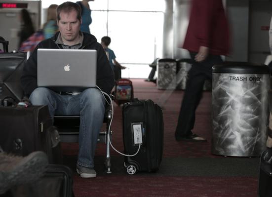 GoPlug Backpack - OMGCoolGadgets.com
