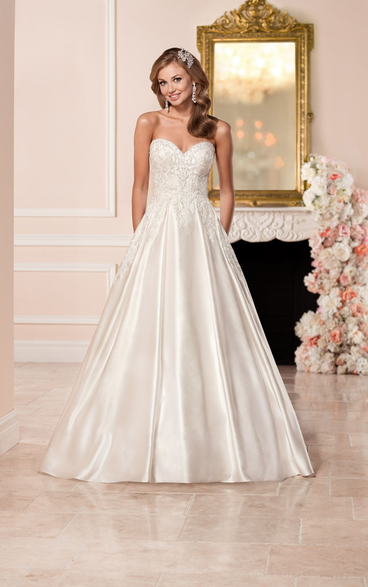 Satin wedding dress and its features 7