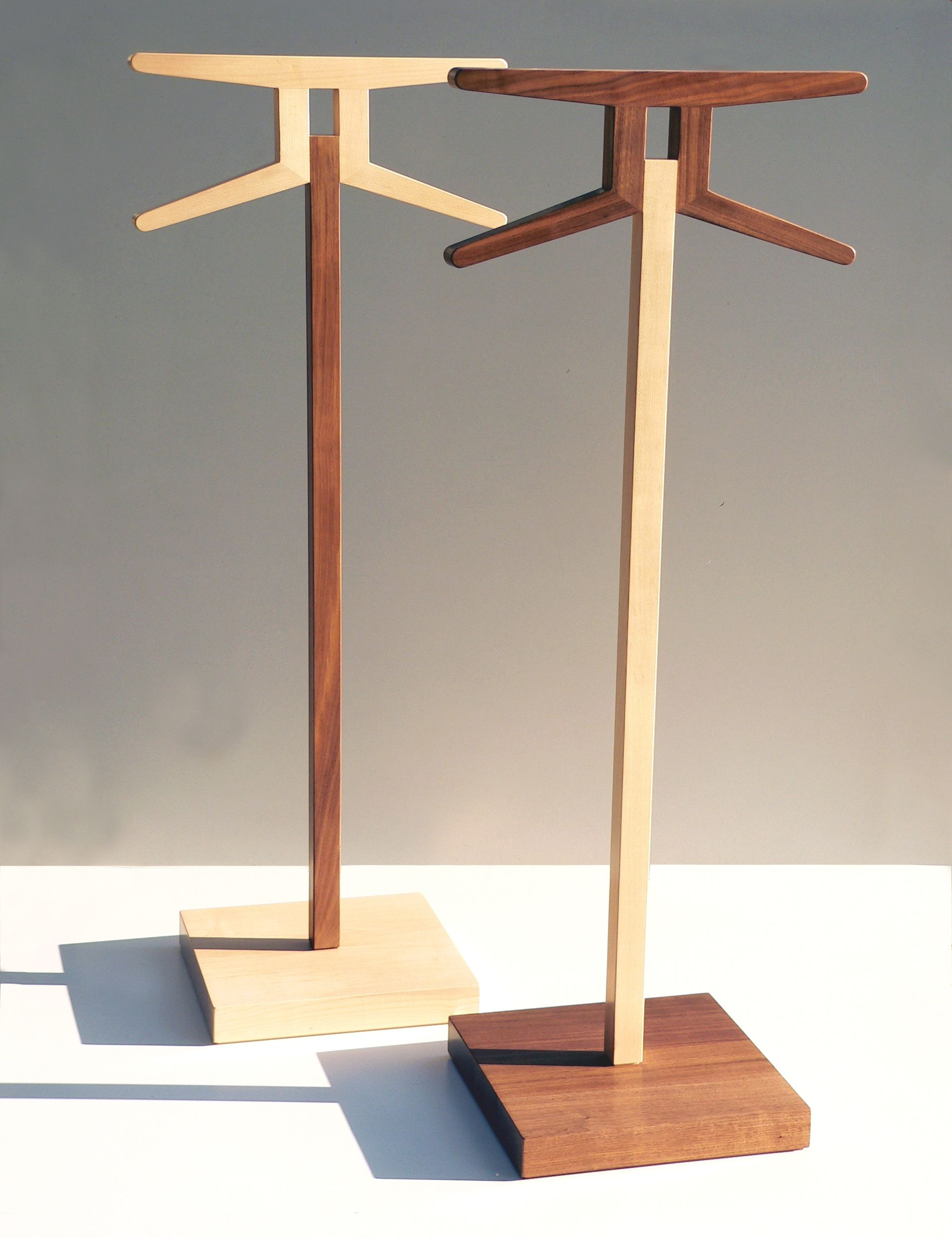 Herrendiener Modern Insilvis Signs Valet Stand Projects To Try Herrendiener Holz
