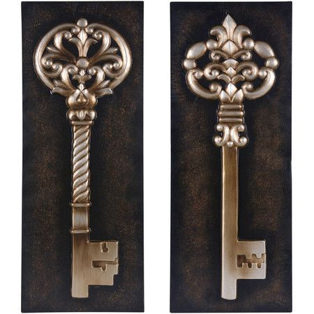 Set of two wall decor with intricate key displays. Product: 2 ...