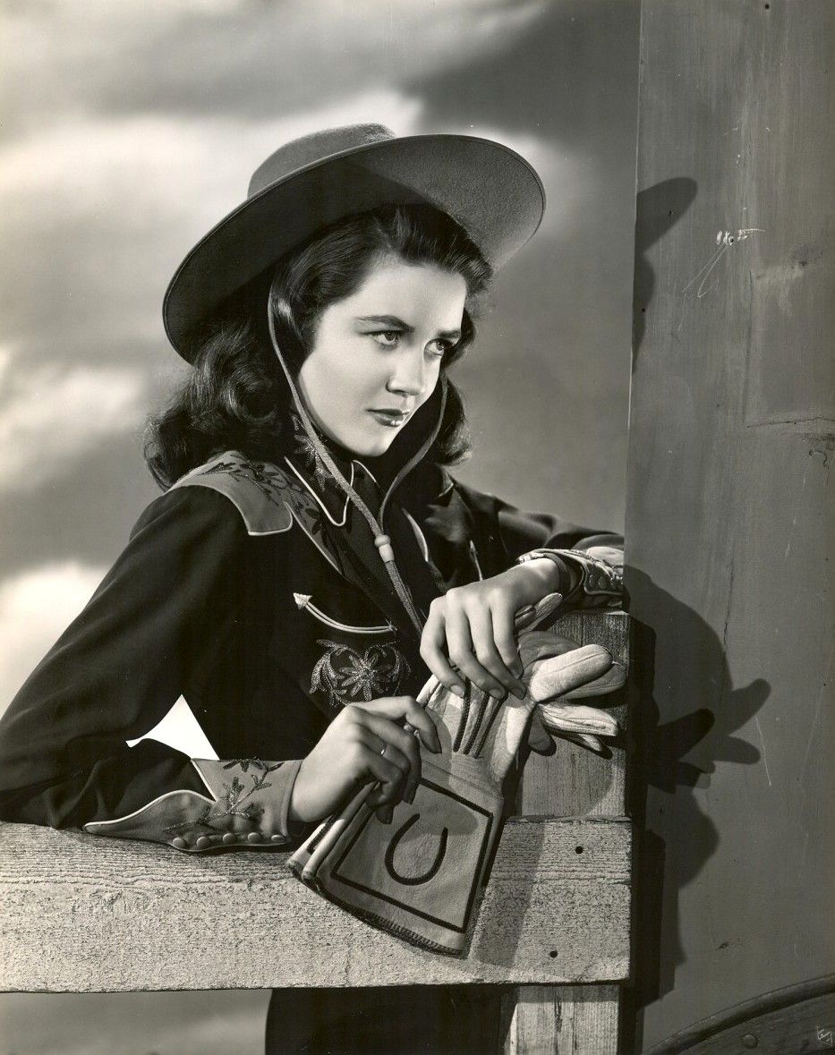 A young Dorothy Malone, 1940s
