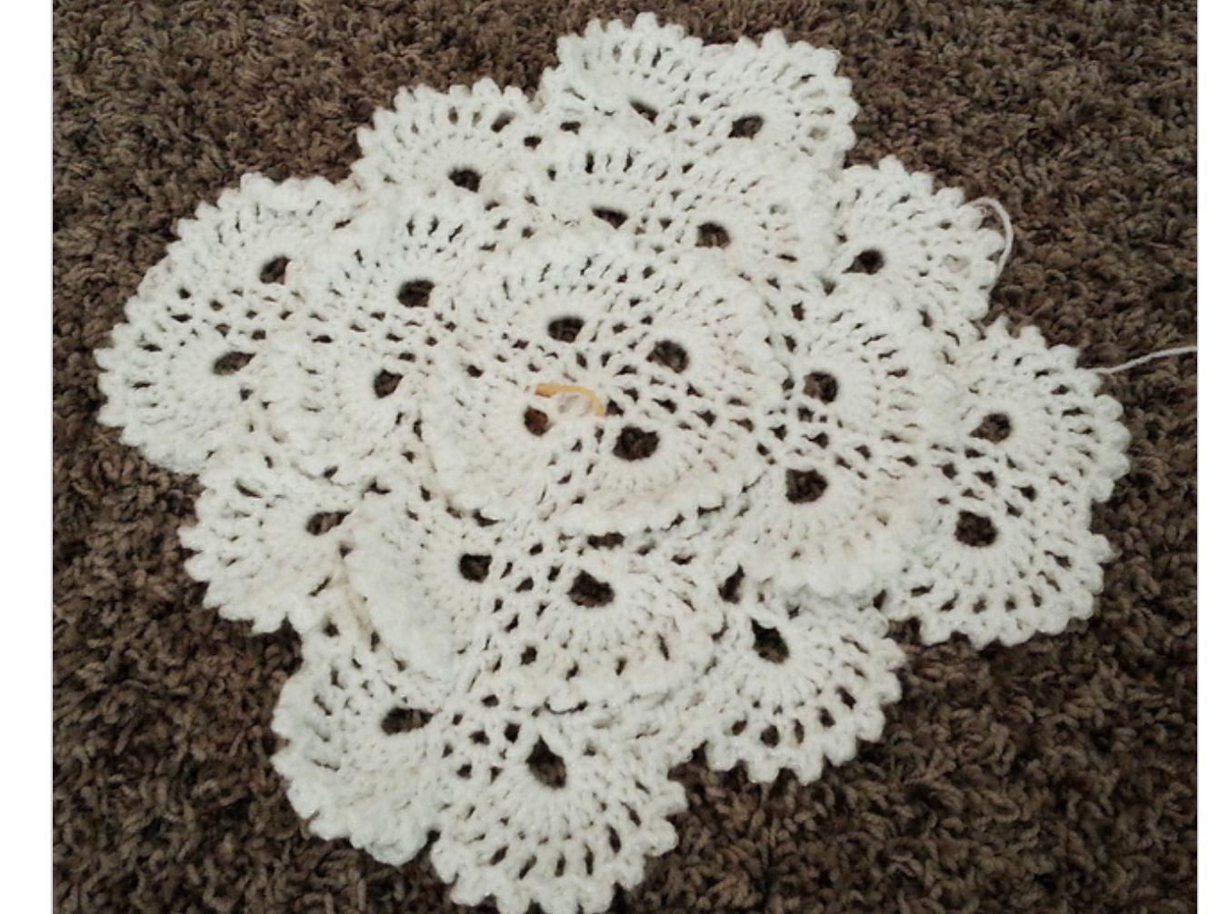 http://www.ravelry.com/patterns/library/fluffy-meringue-blanket