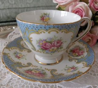 The Pink Rose Cottage: Our First Teacup Tuesday Winner!