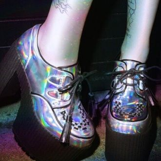 shoes soft grunge soft grunge shoes dark grunge grunge goth scene shiny shoes oil slick platform shoes holographic shoes wedges creepers high heels rainbow pastel grunge creepers grunge shoes heels holographic