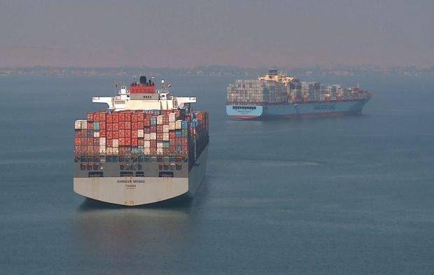 موانئ البحر الأحمر وصول وسفر 2550 راكب و تداول 300 شاحنة صورة ارشيفية صرح ملاك يوسف ا Suez Ship Canal