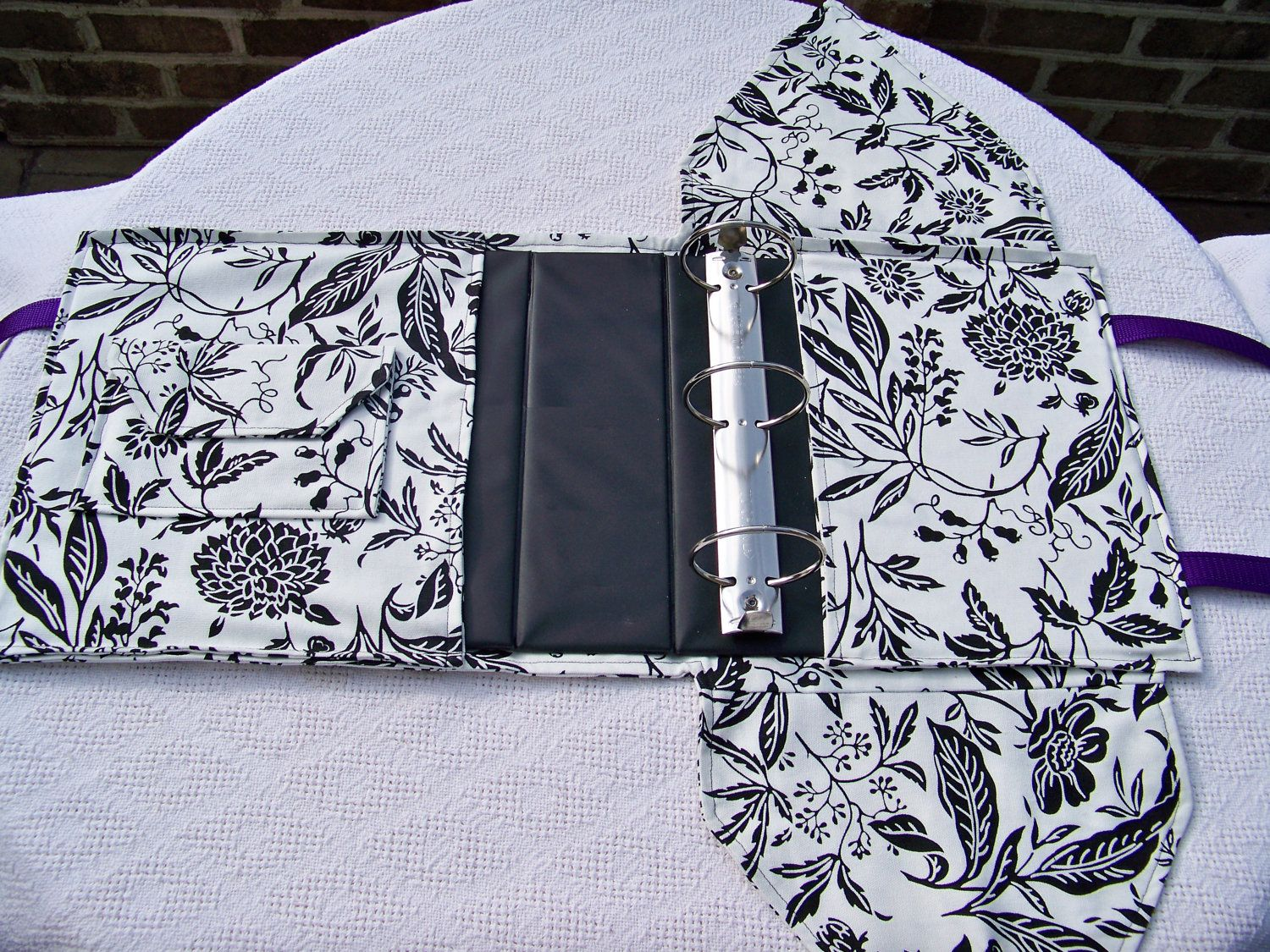 Q-TOTE Coupon Binder Cover. $35.00, via Etsy.