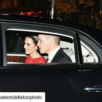 #Repost @katemiddletonphoto with @repostapp ・・・ Ladies and Gentlemen, the Duke and Duchess. Look at them 😍😍😍 Catherine is wearing the same Jenny Packham gown she wore to the banquet for the Chinese state visit and the Cambridge Lover's knot tiara 👑👑🎉💖😭😍😍😍 #KateMiddleton