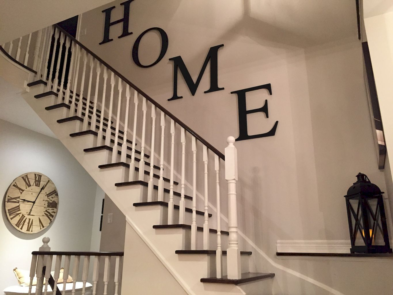 Awesome 80 Modern Farmhouse Staircase Decor Ideas Https Livingmarch Com 80 Modern Farmhouse S Staircase Wall Decor Stair Wall Decor Decorating Stairway Walls