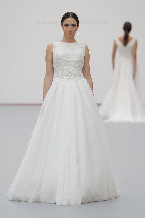 Brautkleider von Hannibal Laguna für 2019 - Feminine Haute Couture ...