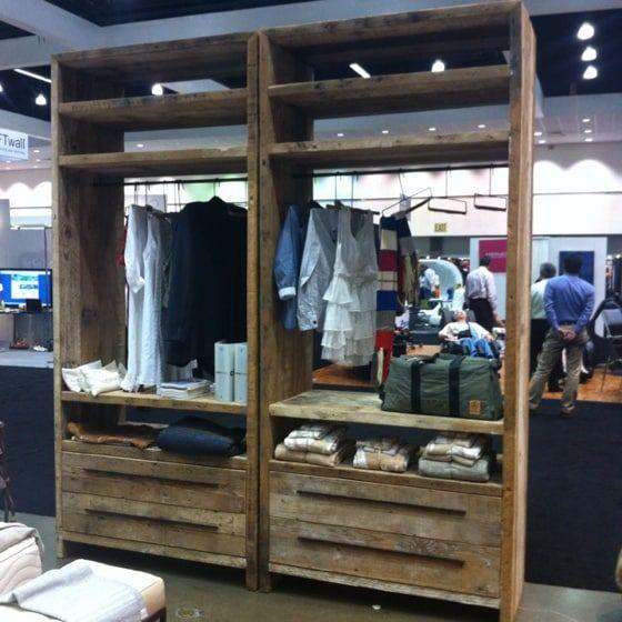 Hacer un vestidor con palets placard ropero vestidor - Armarios hechos con palets ...