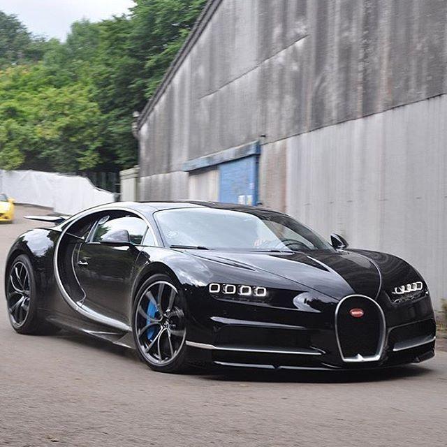Bugatti Chiron in the wild
