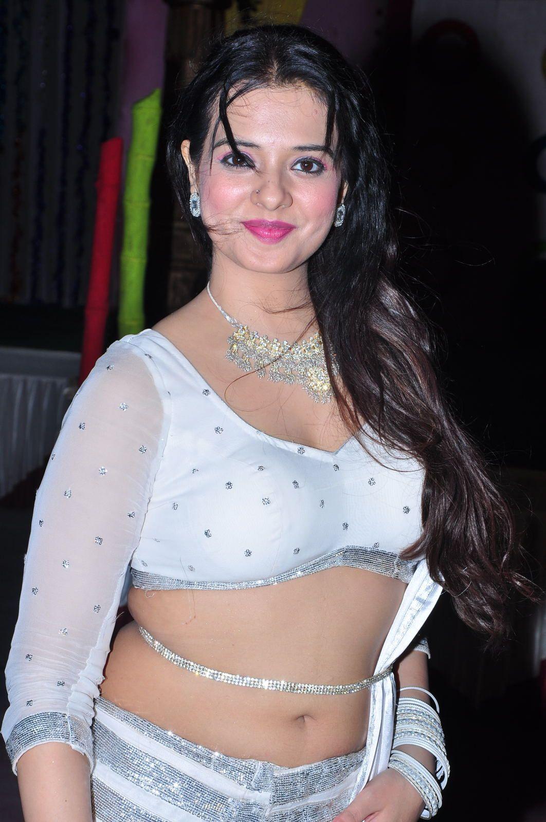 Porno Cleavage Saloni Aswani  nude (86 images), 2019, in bikini
