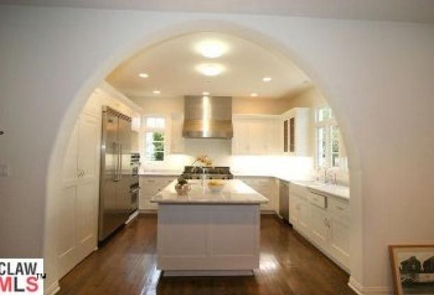 Spectacular Spanish Style House Kitchen Furniture Design