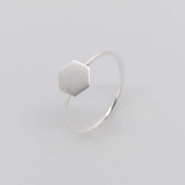 Photo of fejn jewelry Ring 'Satin Hexagon'