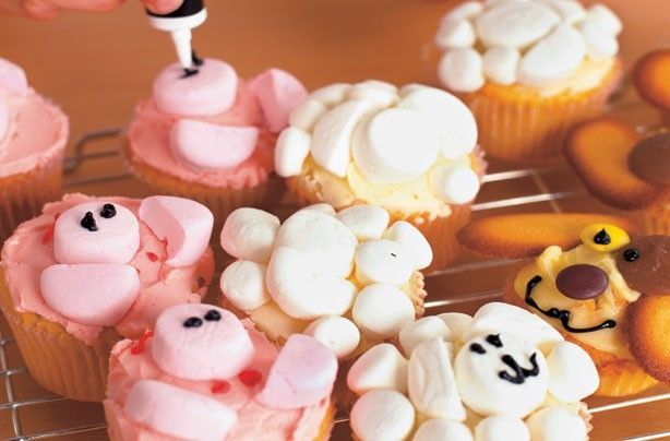 Make with kids Annabel Karmels farm animal cupcakes goodtoknow