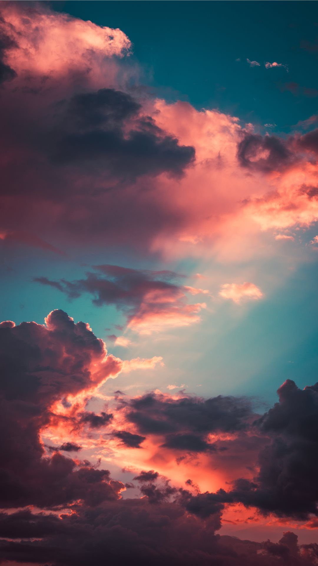 My favourite cloudscape of the year iPhone X wallpaper in