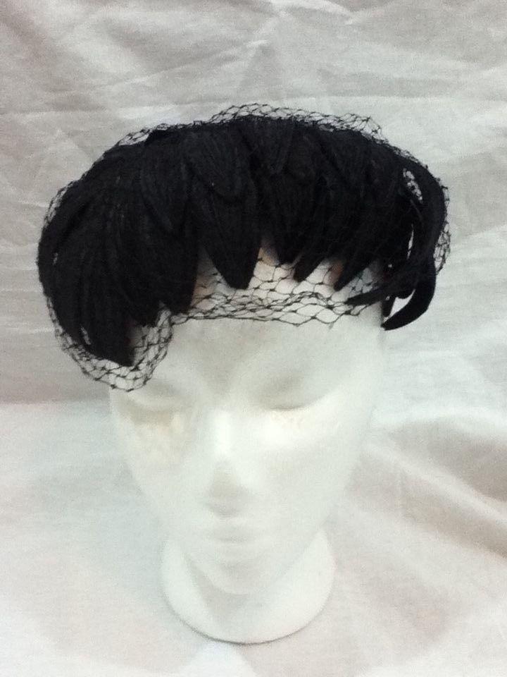 680316ed6c70a Vintage Hat 1950 s Union Made Black Velvet Feathered Fascinator Netting  Headband  UnionMade  Fascinator  Wedding