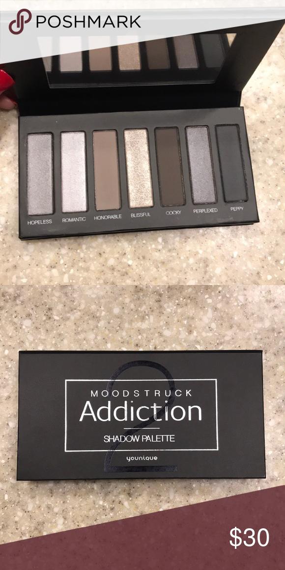Eyeshadow Eyeshadow, Shadow palette, Things to sell