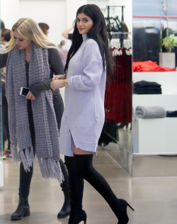 kyliejennerfashionstyle:  December 20, 2014 - Kylie Jenner shopping at Nasty Gal in West Hollywood.  oh girl