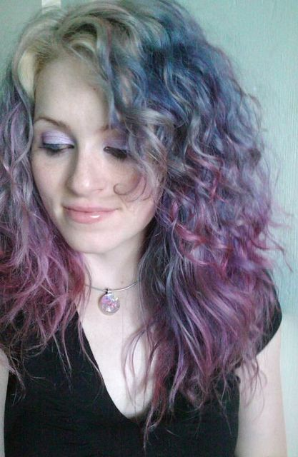 pastel3 by ugg-off, via Flickr. Lilac, periwinkle, lavender, and silvery hair. This is just faded color, btw.