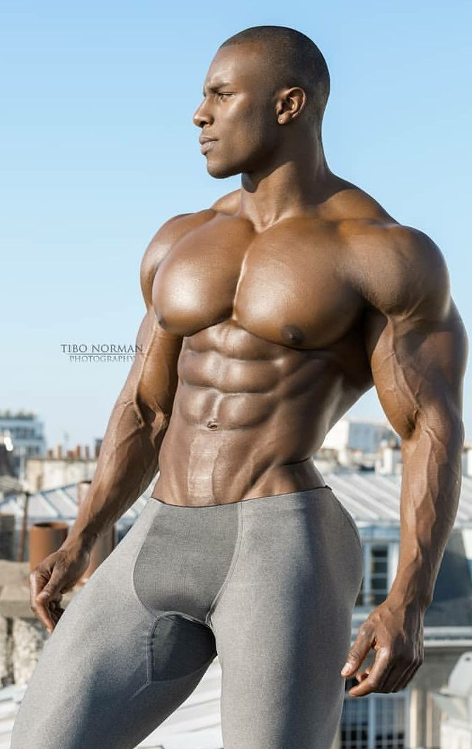 muscly black straighty