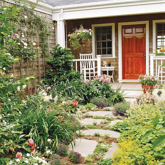 39 Pretty Small Garden Ideas: Cottage Garden, Front Garden