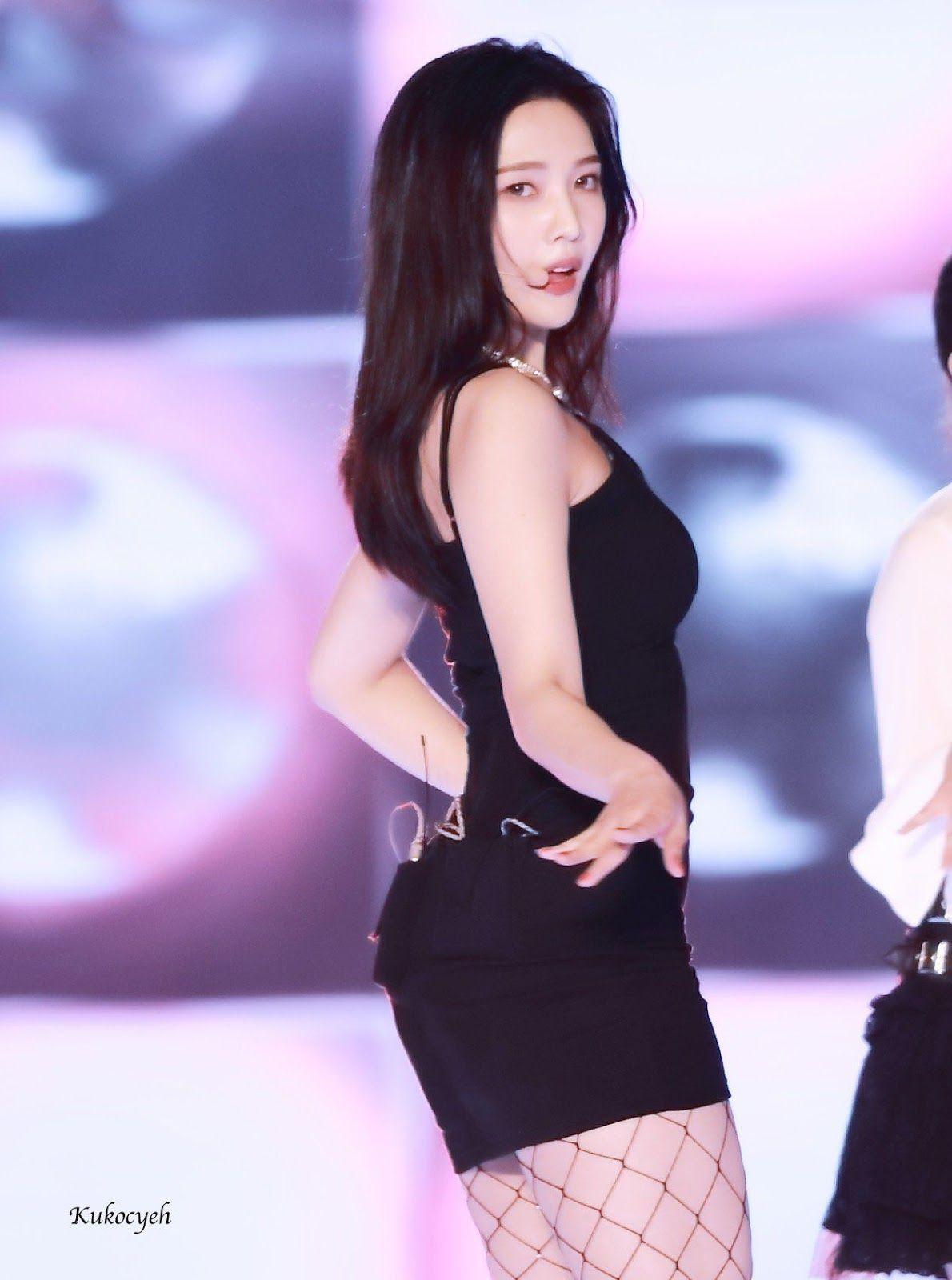 Pin On Red Velvet By Sexy K Pop
