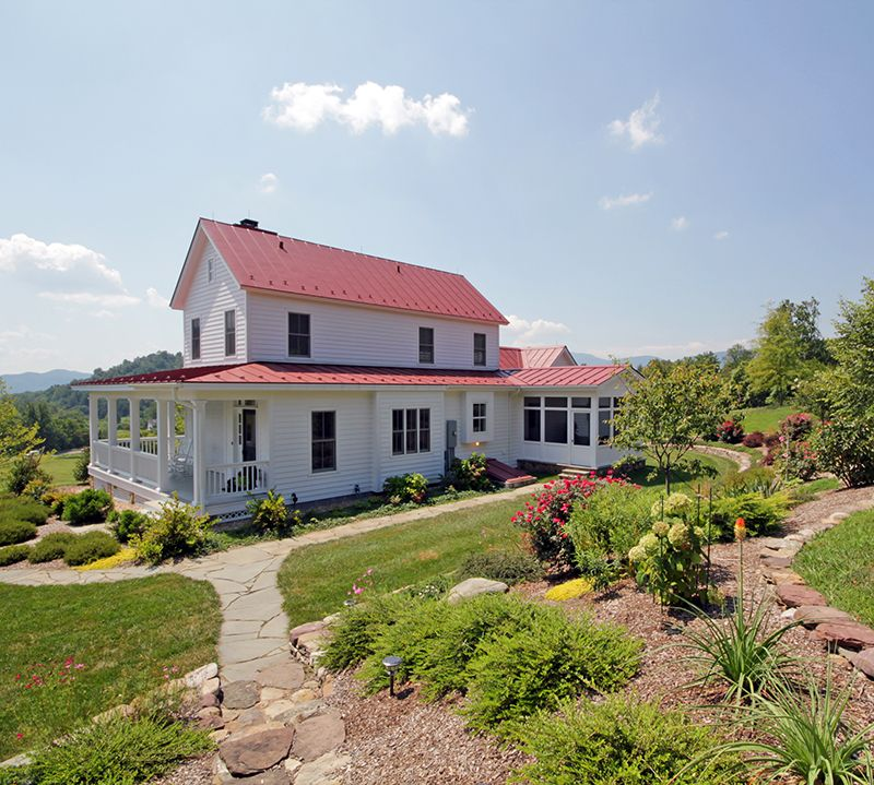 Modern House Red Roof: Rear View Of This Modern Classic Farmhouse. Notice There