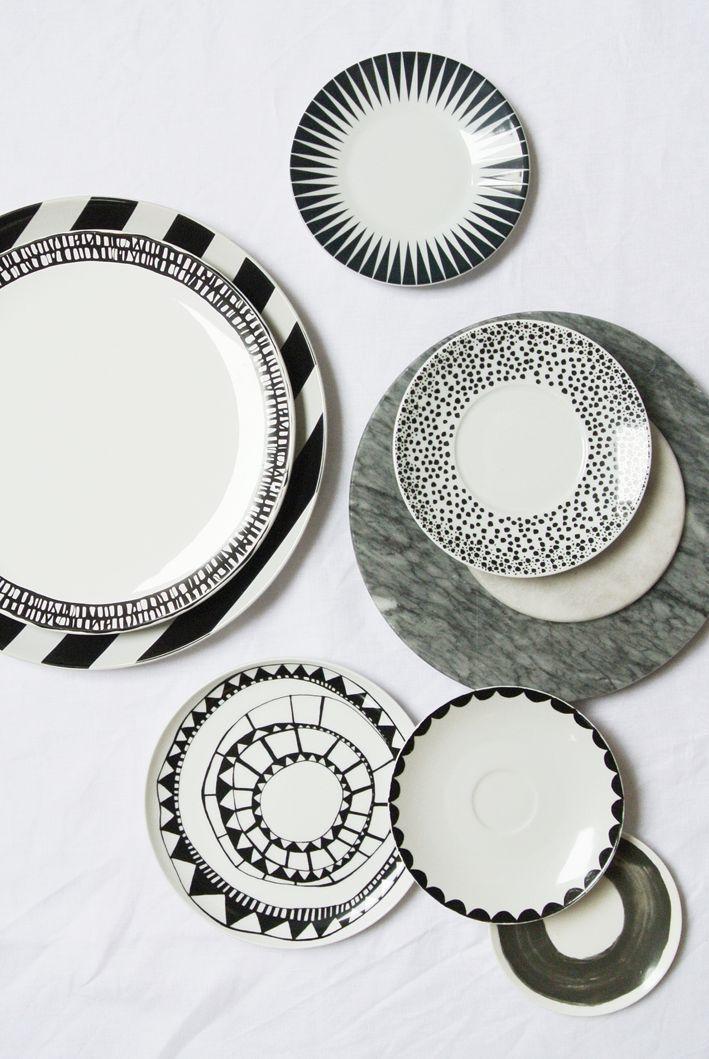 A Happy Home Em 2020 Louca De Porcelana Pintura Em Porcelanas Como Desenhar Maos