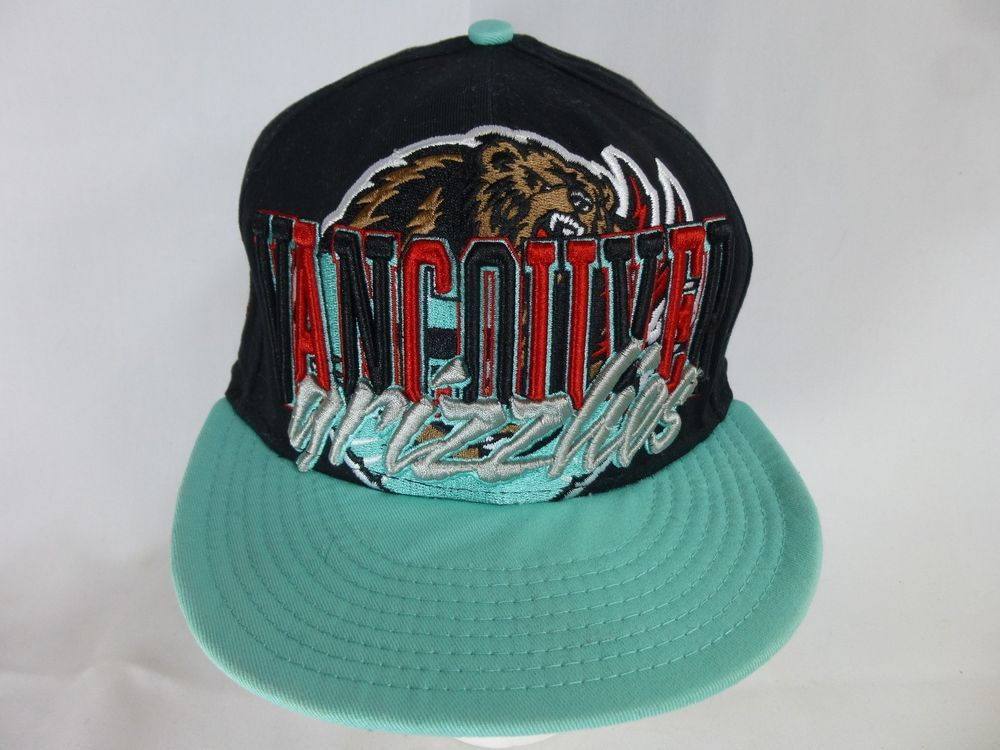 1fe5e5490cd NBA Vancouver Grizzlies New Era 9Fifty Retro Snapback Cap Hat Hardwood  Classics  NewEra  VancouverGrizzlies