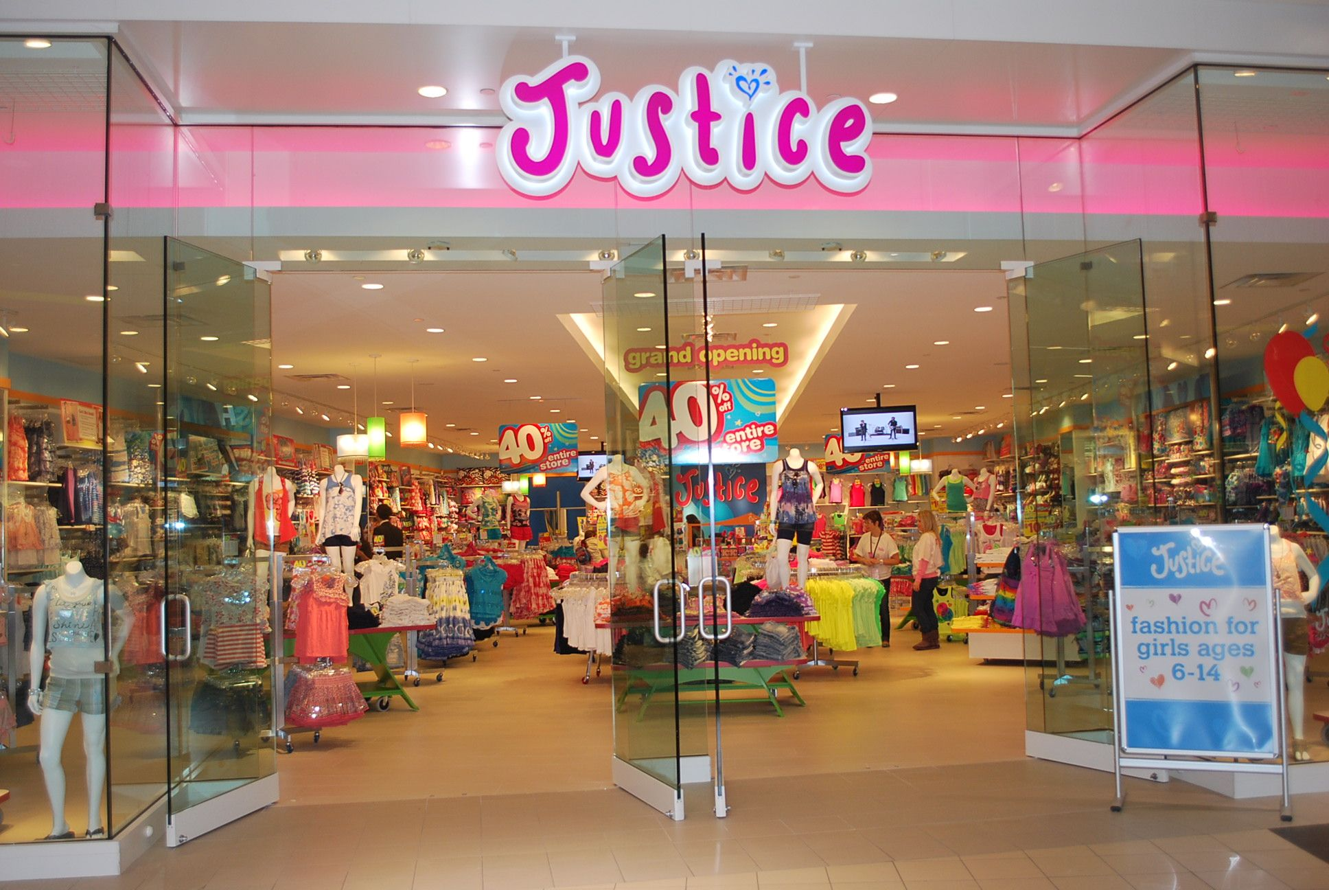 Shop Justice Justice is part of Tween Brands, Inc., which also carries the brand Brothers, specializing in clothing and accessories for tweens, 7 to