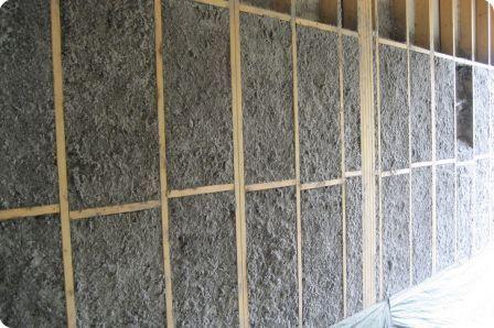 Isolation en ouate de cellulose projection humide pour lu0027ossature