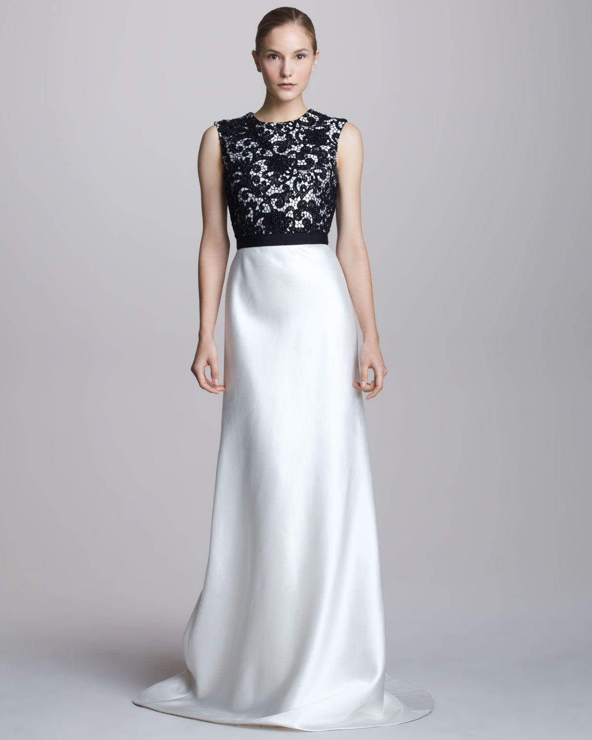Neiman marcus dresses for weddings  Carmen Marc Valvo TwoTone LaceTop Gown  Vestidos de gala